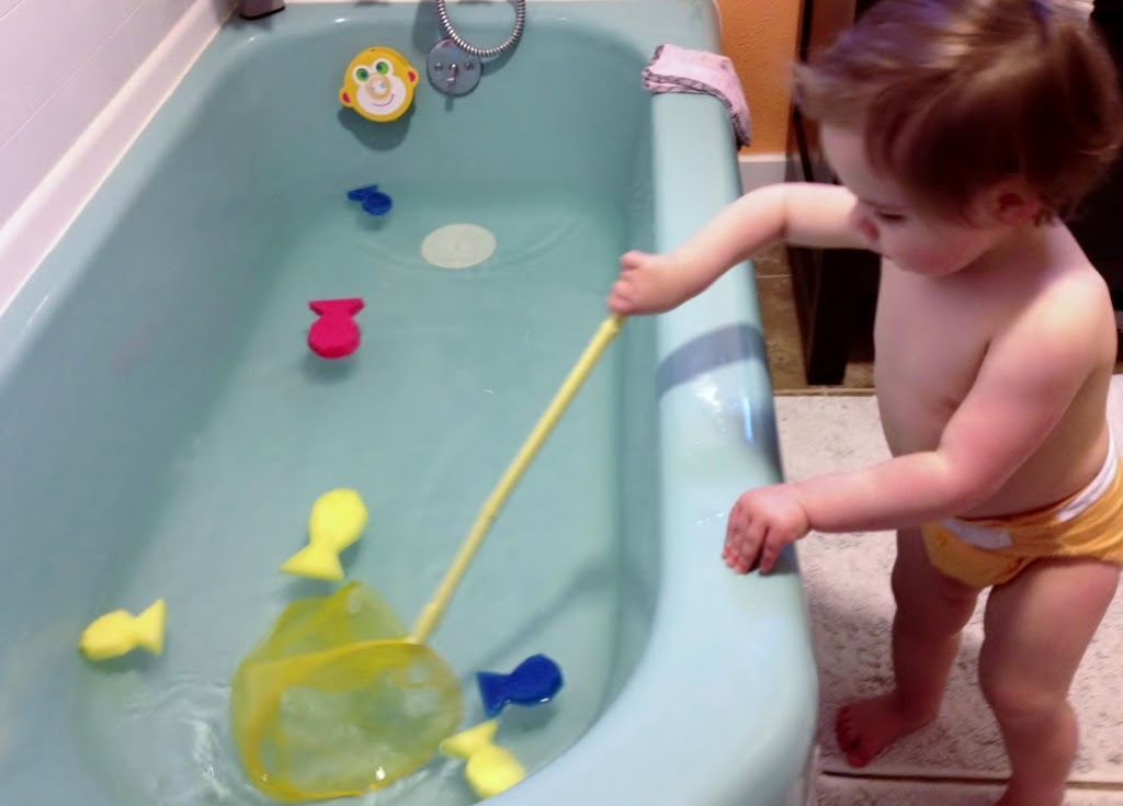 bath-time-fishing-game-for-kids