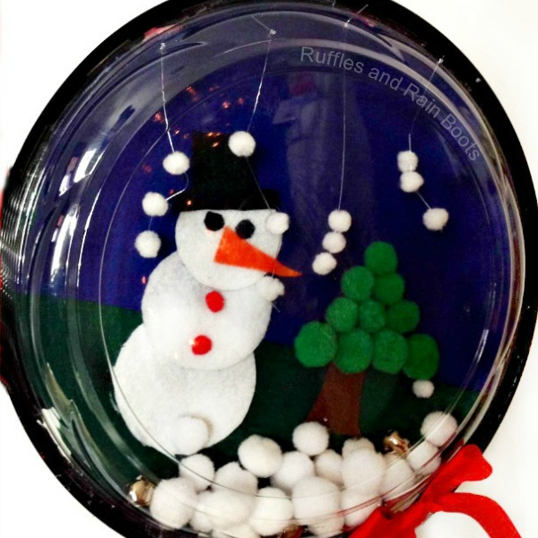 Make a fun sensory snow globe craft