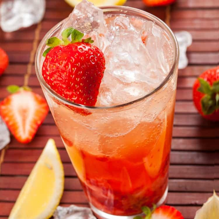 This is the Secret to the Best Strawberry Lemonade