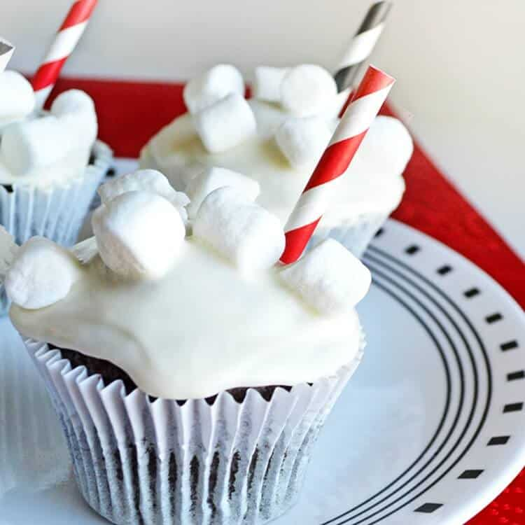 Hot cocoa cupcakes with marshmallow buttercream