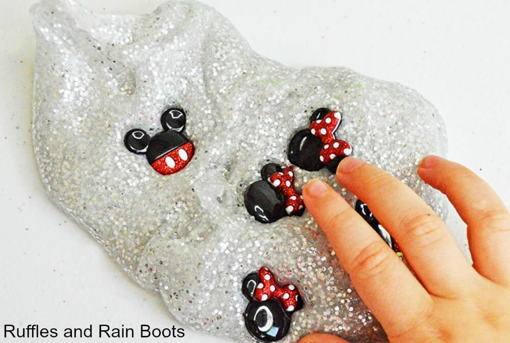 Fun Mickey Mouse craft and Disney craft for kids