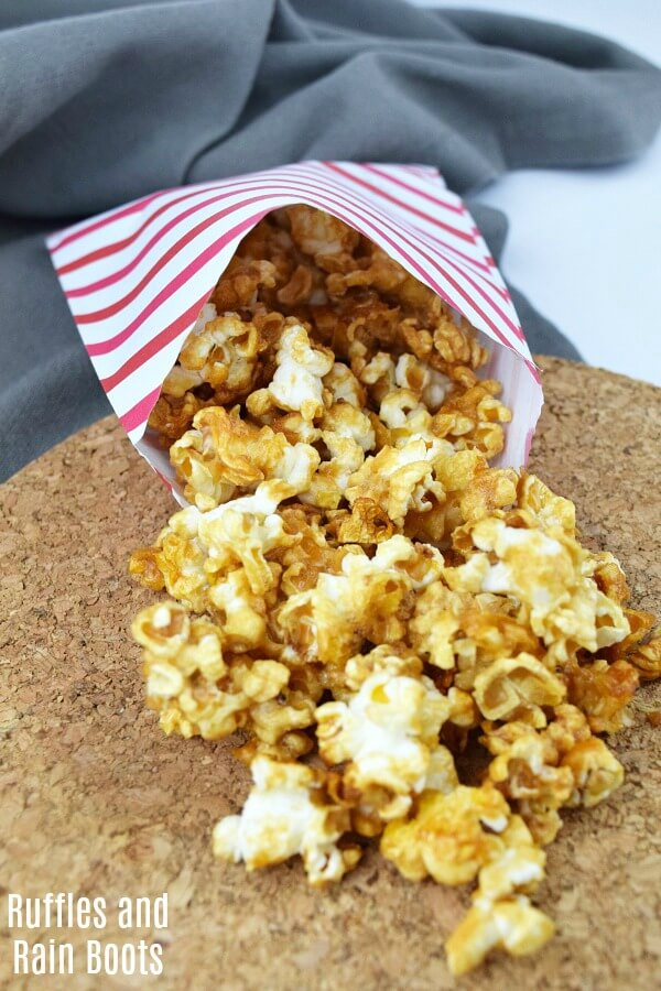Healthy caramel popcorn for a clean take on the corn syrup version. This is an easy recipe and works perfectly for a Harry Potter movie night!