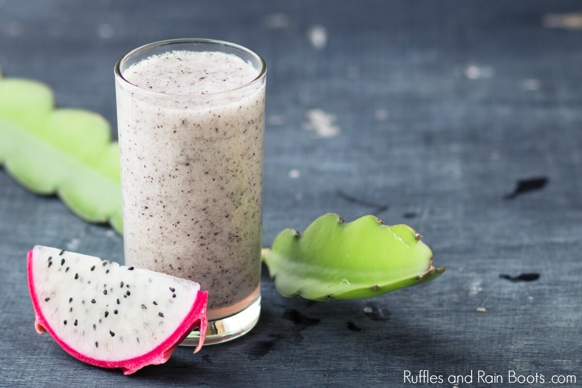 dragon fruit smoothie recipe - pitaya smoothie
