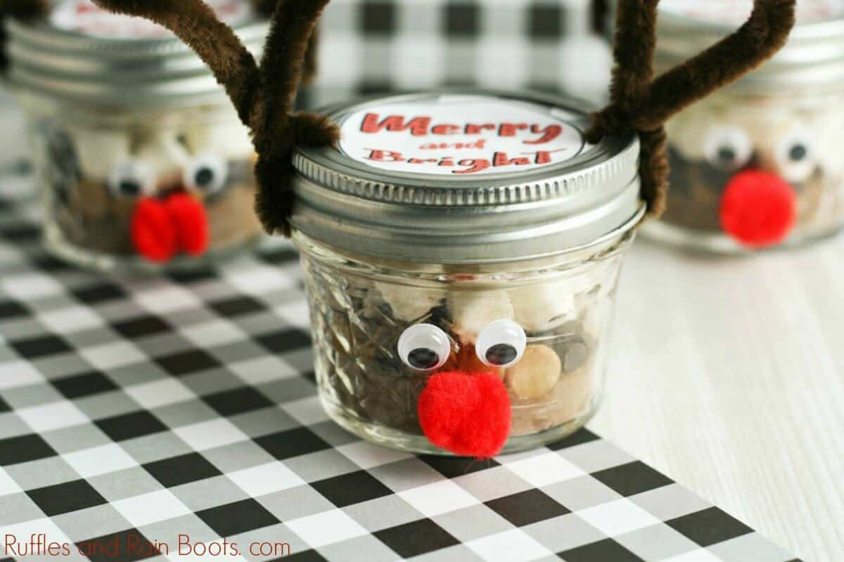 Peanut Butter Hot Chocolate Mix Reindeer Mason Jar Gift