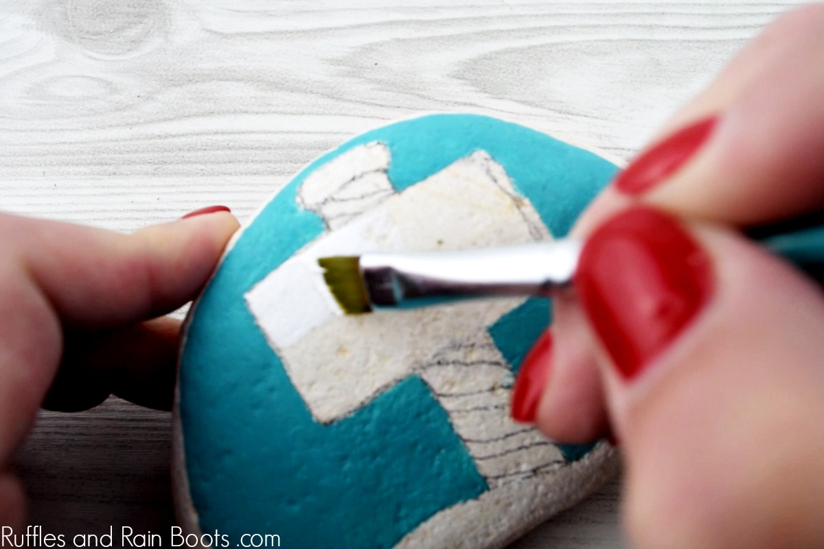 how to paint rocks for Christmas kindness rocks