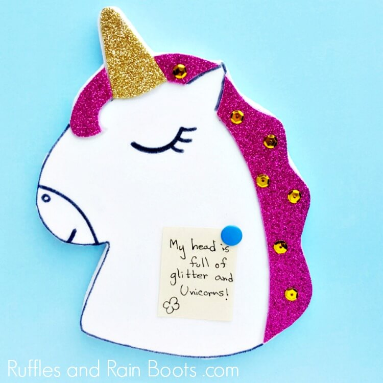 DIY Unicorn Pin Board – Pin Notes to Your Magical Wall