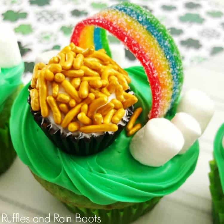Pot of Gold Cupcakes for St Patricks Day