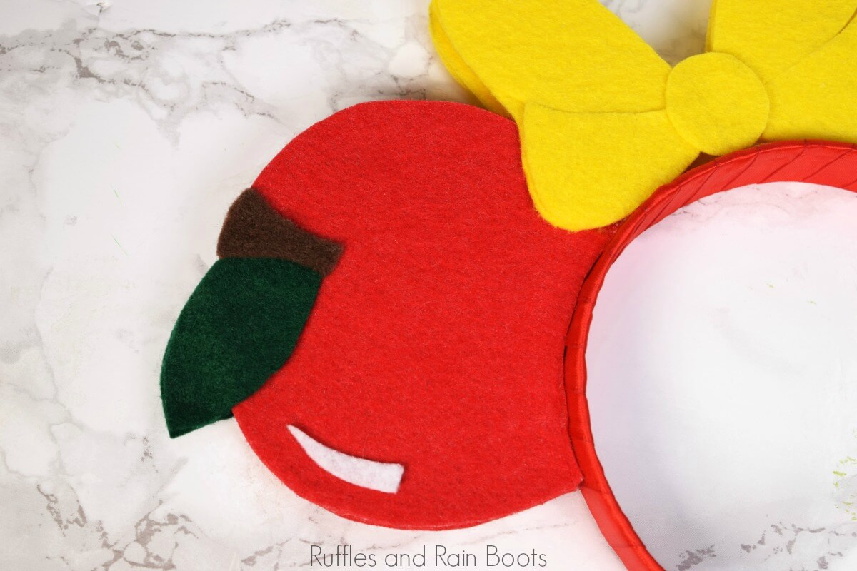 free Snow White SVG for Snow White Minnie Mouse Ears