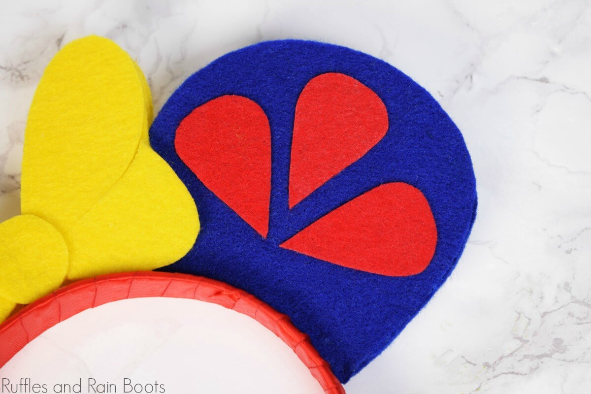 close up of Snow White Minnie ears sleeve side