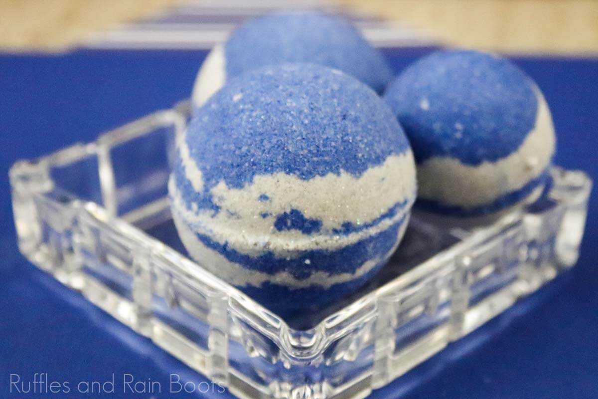 recipe for ravenclaw bath bombs on a blue background