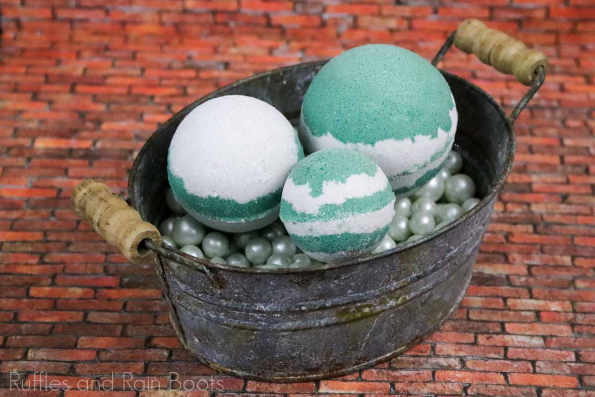 amazing slytherin bath bombs harry potter gift idea in a tin on a brown background