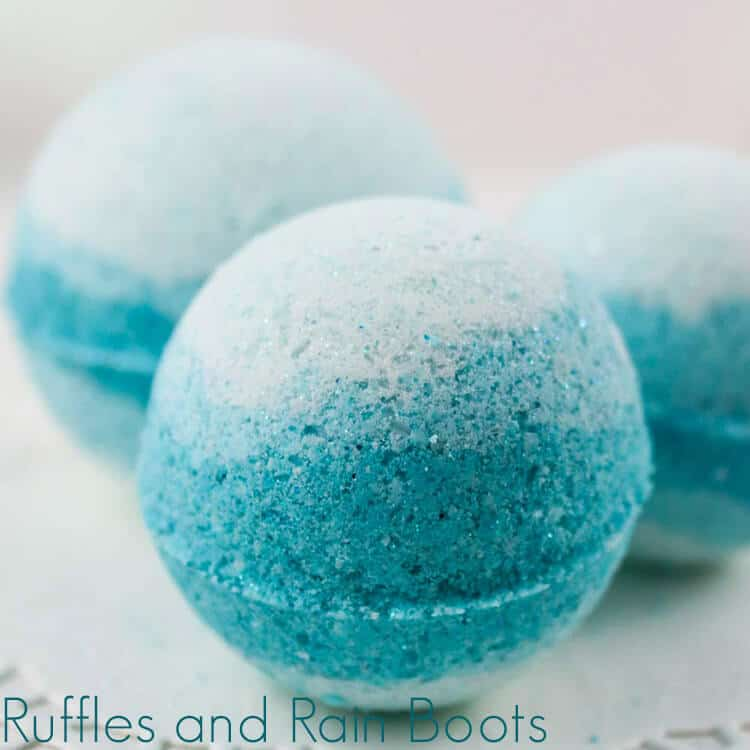 queen elsa bath bomb recipe on a white background