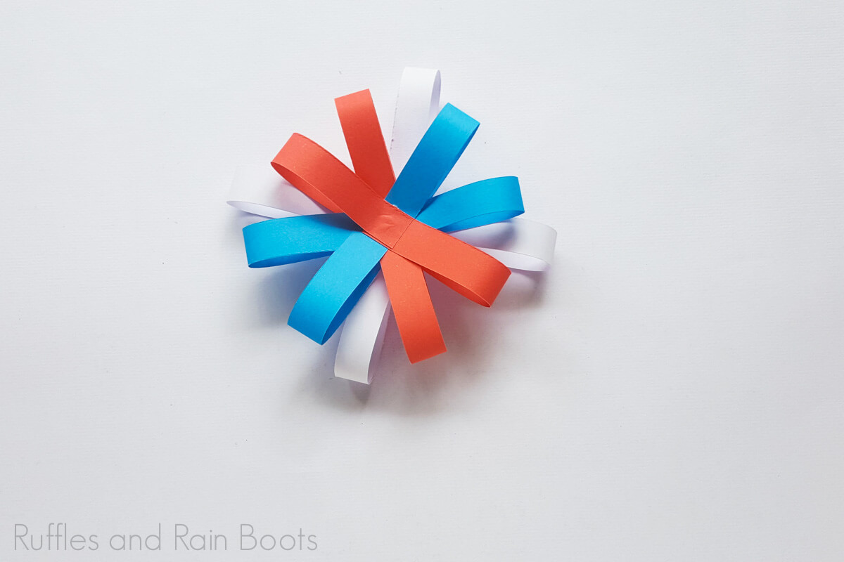 add layers and create loops to form a paper strip flower