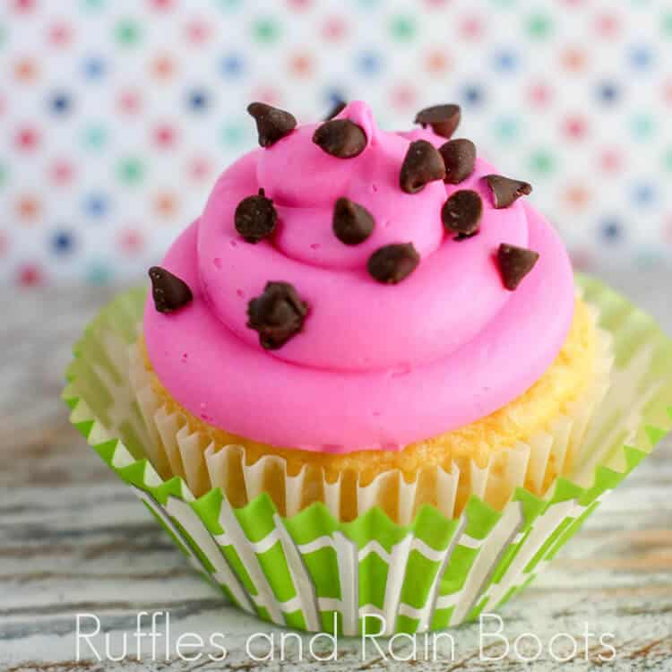 Easy Watermelon Cupcakes Will Make Your Pool Party Amazing