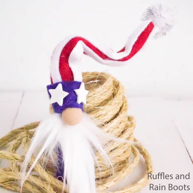 Make this Easy Patriotic Gnome for July 4th