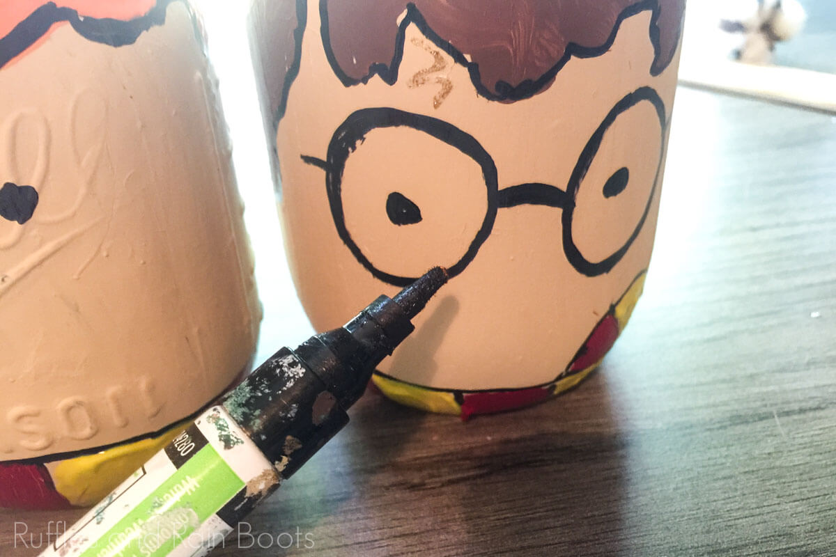 how to make a harry potter jar for pencils to organize homework supplies