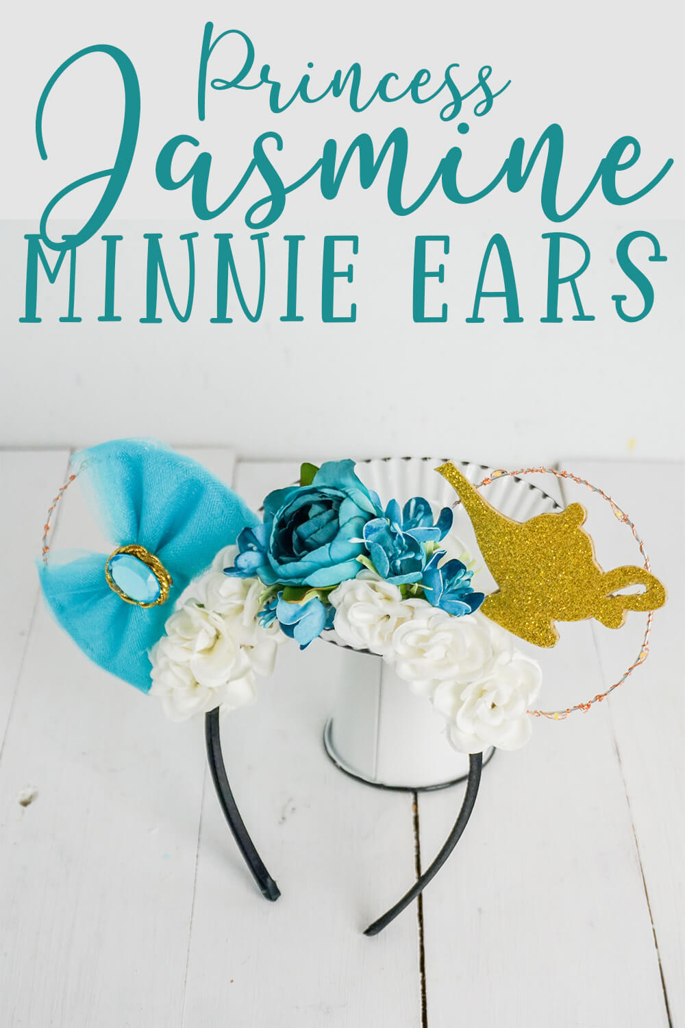 easy diy princess jasmine mickey ears on a white background with text which reads princess jasmine minnie ears