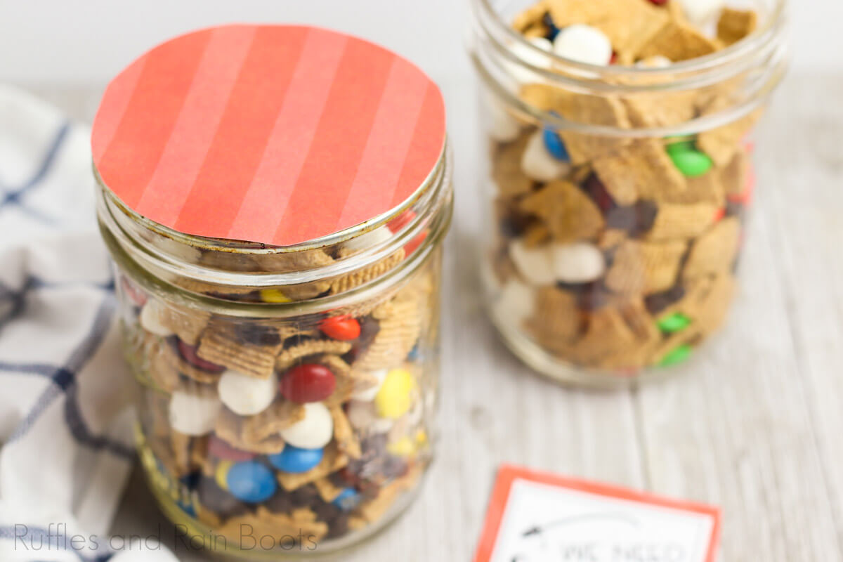 This Mason Jar Snack Gift For Teachers Is Done In Just Minutes