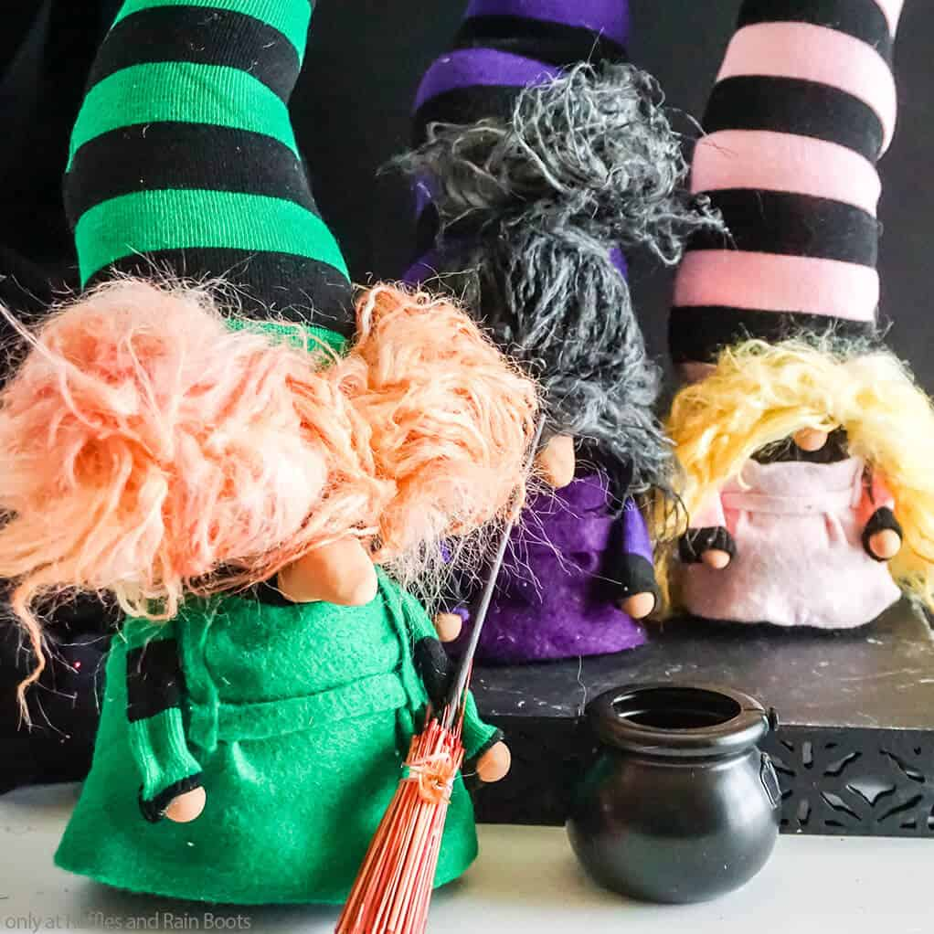 halloween sock gnome tutorial for sanderson sisters gnomes