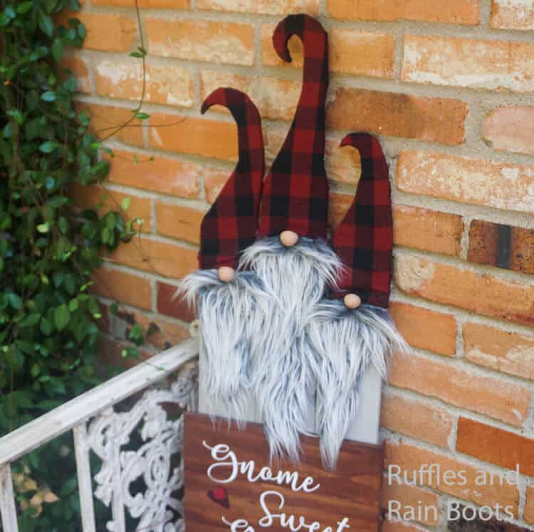 easy pattern for wooden gnomes leaning against a brick wall