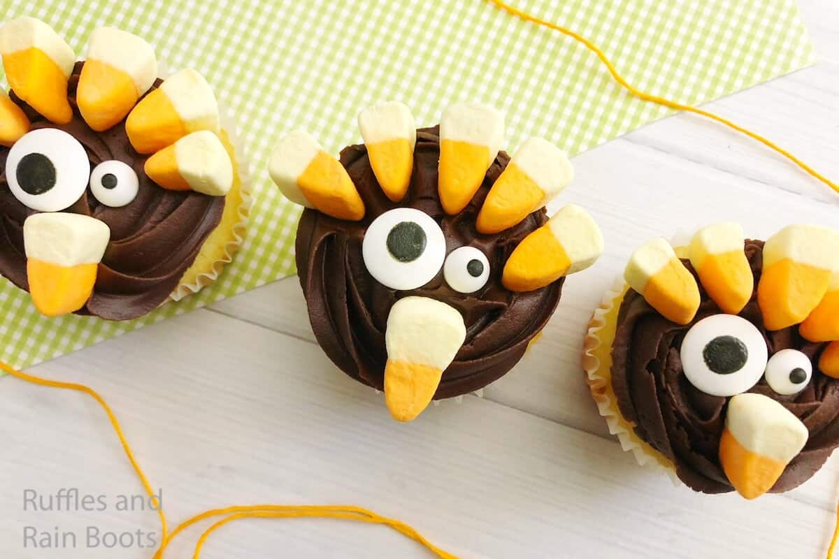 how to make easy thanksgiving cupcakes