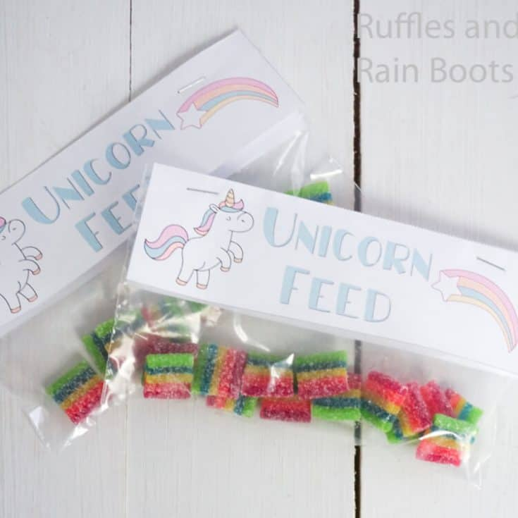 free printable kids snack back topper with unicorns on a white wood table