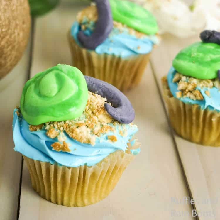 close-up of how to make maui cupcakes for a moana party