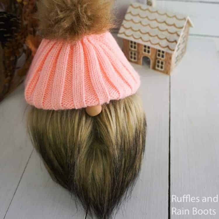 easy knitted hat gnome upcycling craft