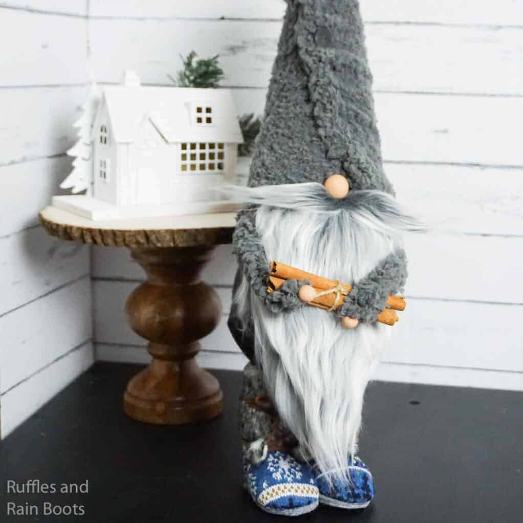 how to make a standing gnome