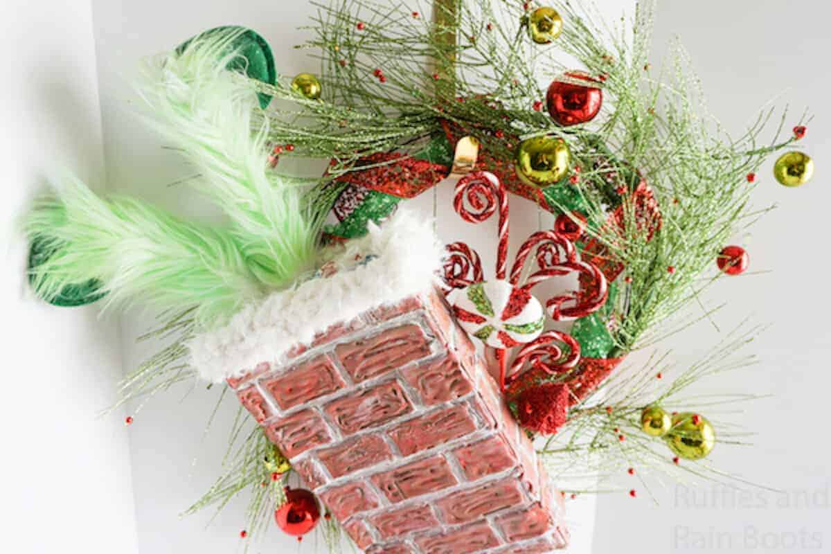 Make This Cute Grinch Wreath For A Fun Christmas Wreath