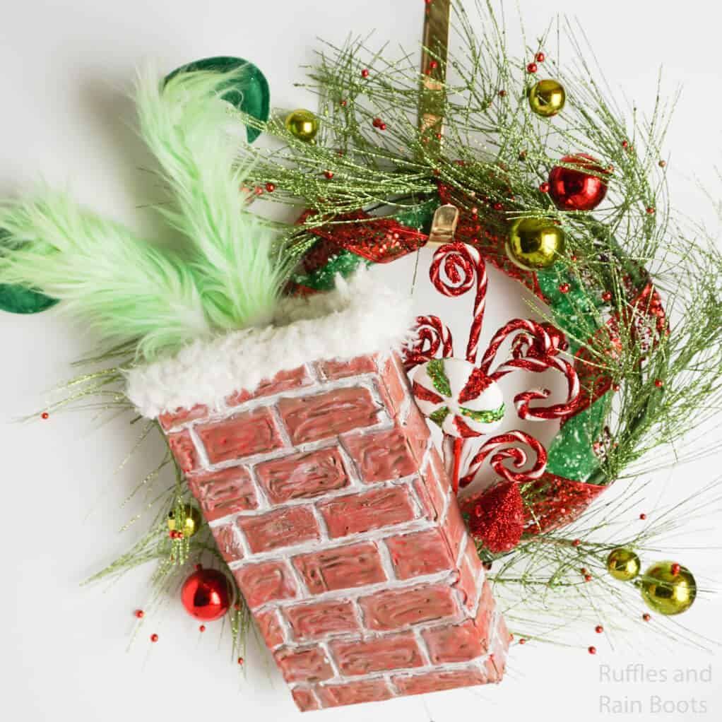 how to make a chimney wreath with the grinch for christmas