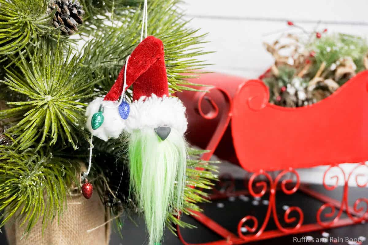 how to make a grinch ornament