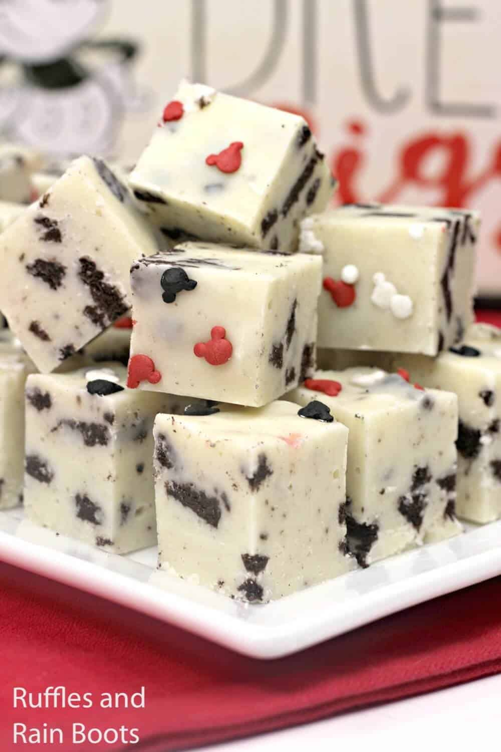 how to make mickey mouse fudge