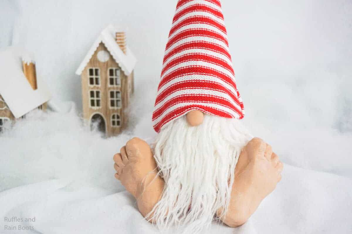 how to make a gnome with big feet
