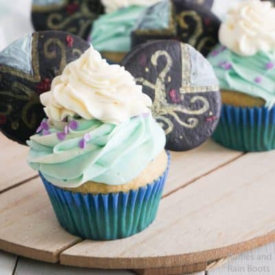 Make These Easy Princess Anna Mickey Ears Cupcakes