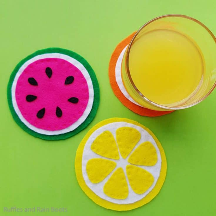 how to make coasters from felt that look like sliced fruit