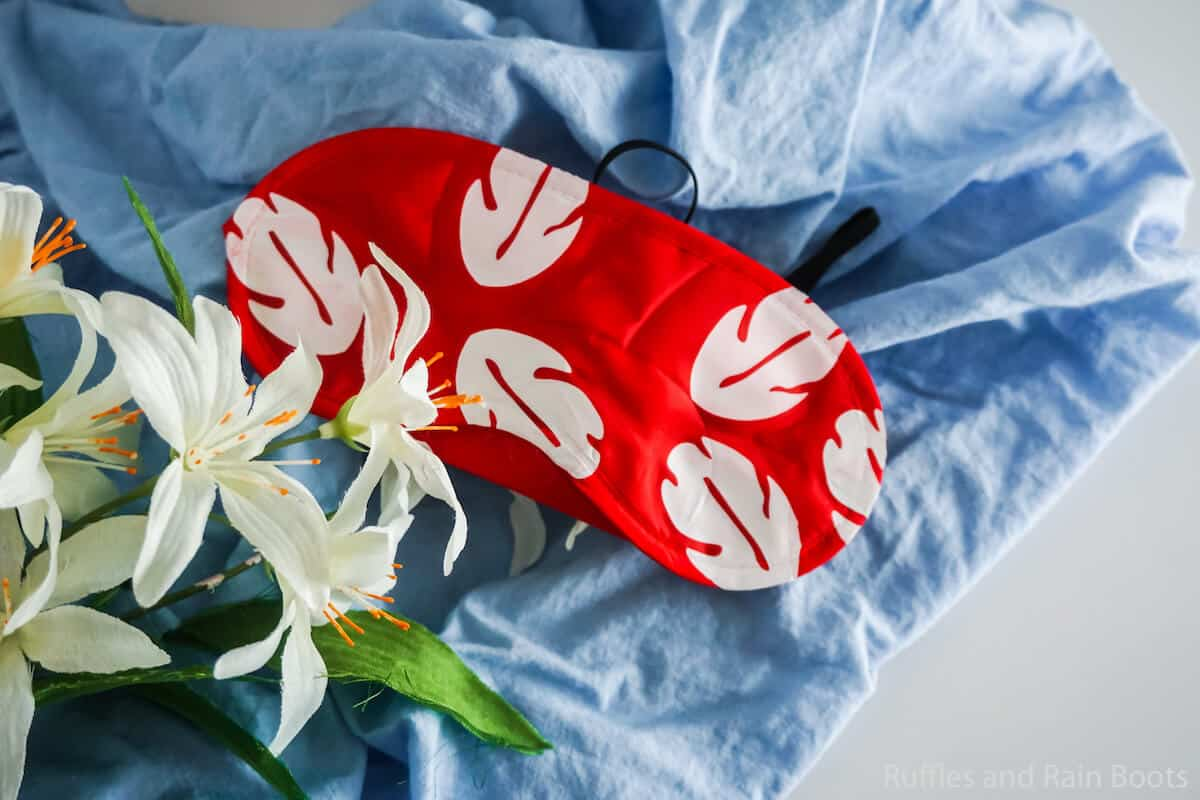 how to make a lilo eye mask for a disney fish extender gift