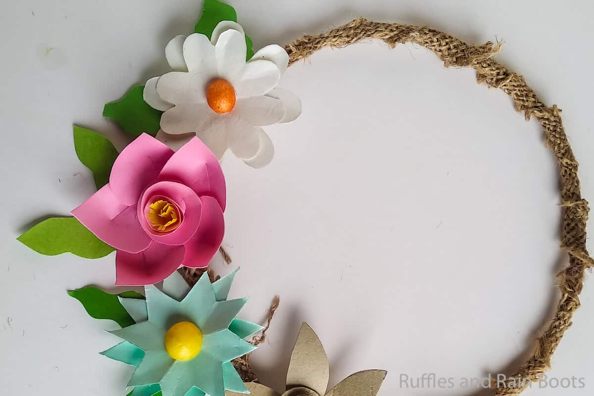 how to make a wreath with baby flowers