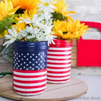 Easy American Flag Mason Jars are a Fun July 4th Cricut Craft!