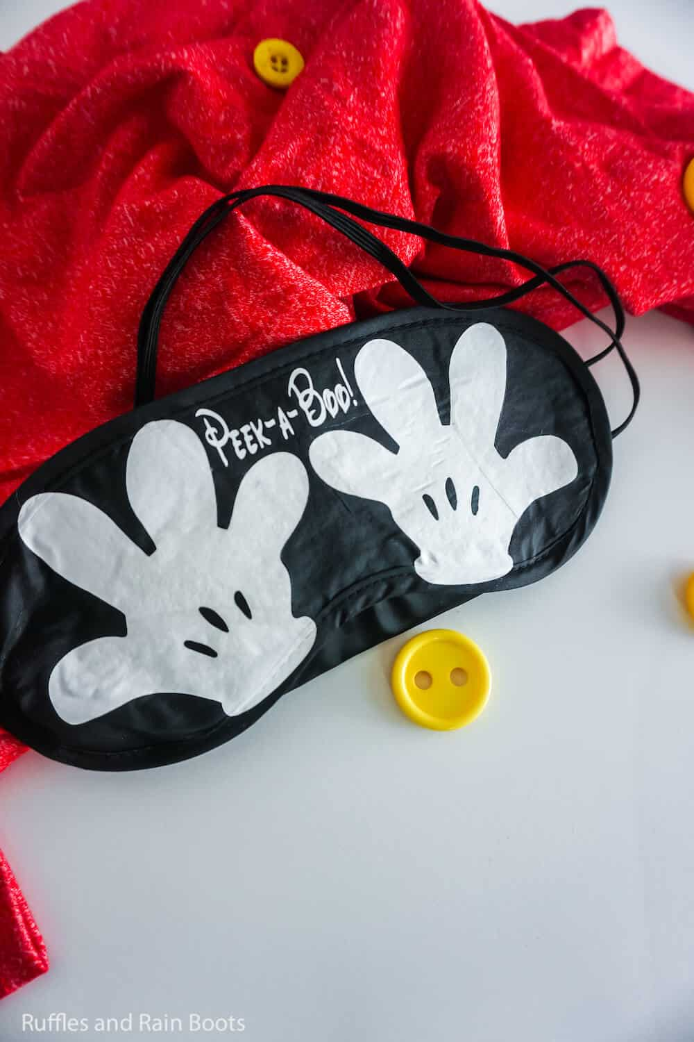 how to make a sleep mask with mickey's hands