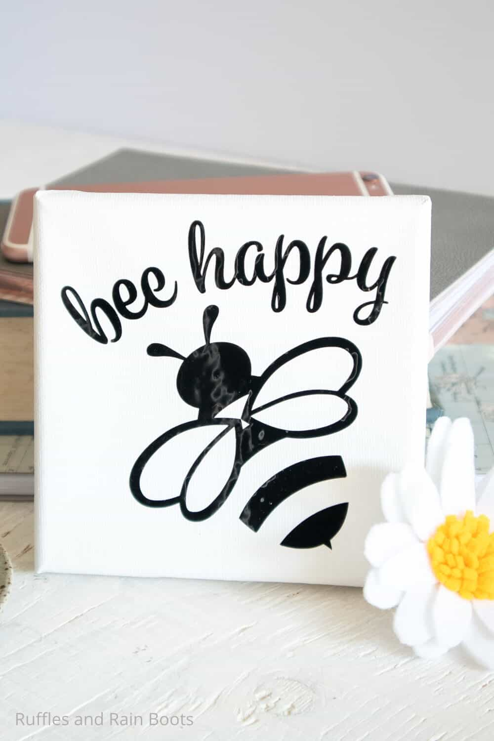 easy cricut joy project mini canvas with bees