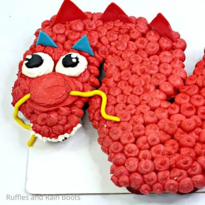 Make This Fun Mushu Dragon Mulan Cupcake Cake So Fast It's Fun!