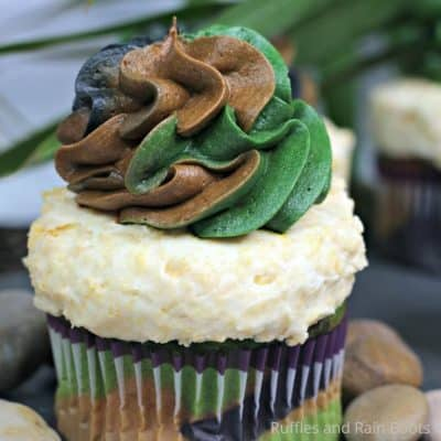 Make These Fun Disney Jungle Cruise Cupcakes in Minutes!