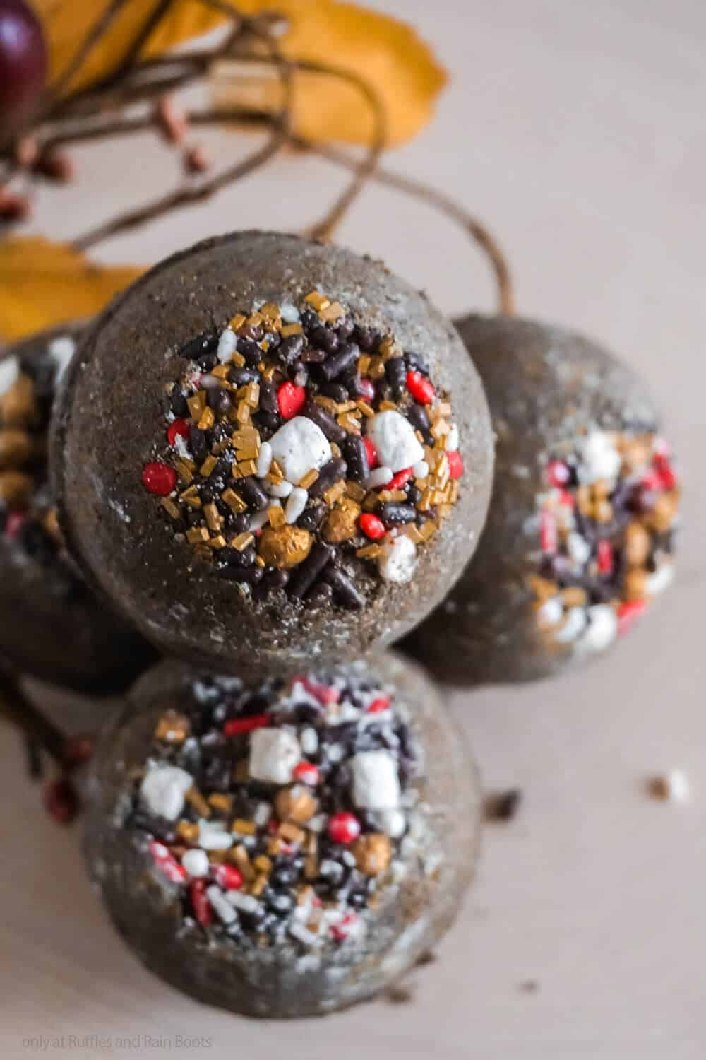 homemade bath bombs with smores sprinkles