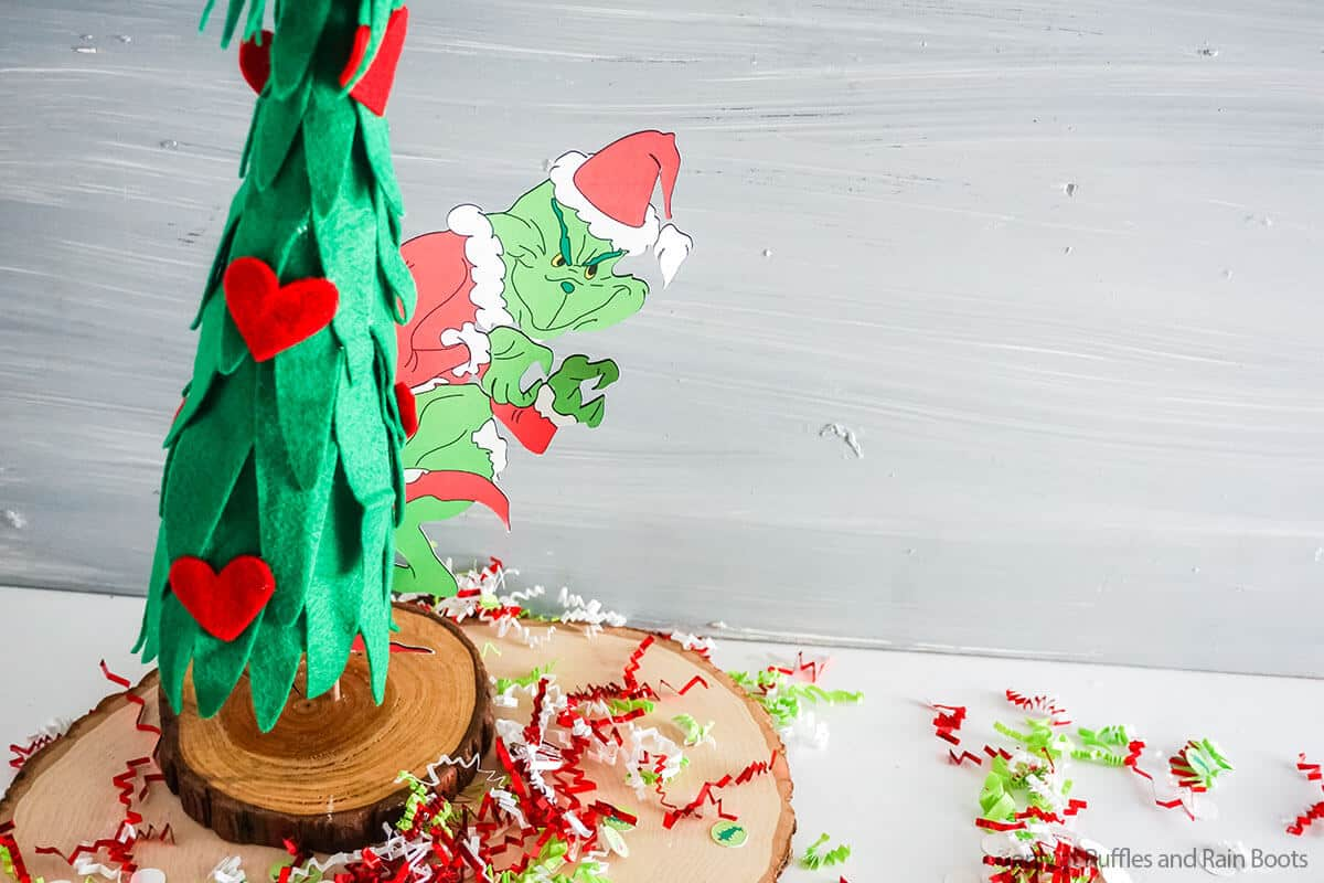 fun grinch craft with free grinch SVG to make a grinch tree