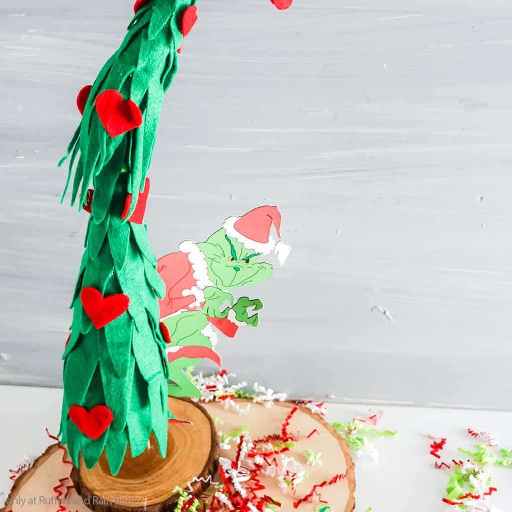 easy DIY grinchmas craft of a grinch tree