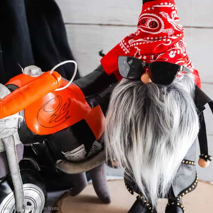 easy diy gnome motorcycle themed