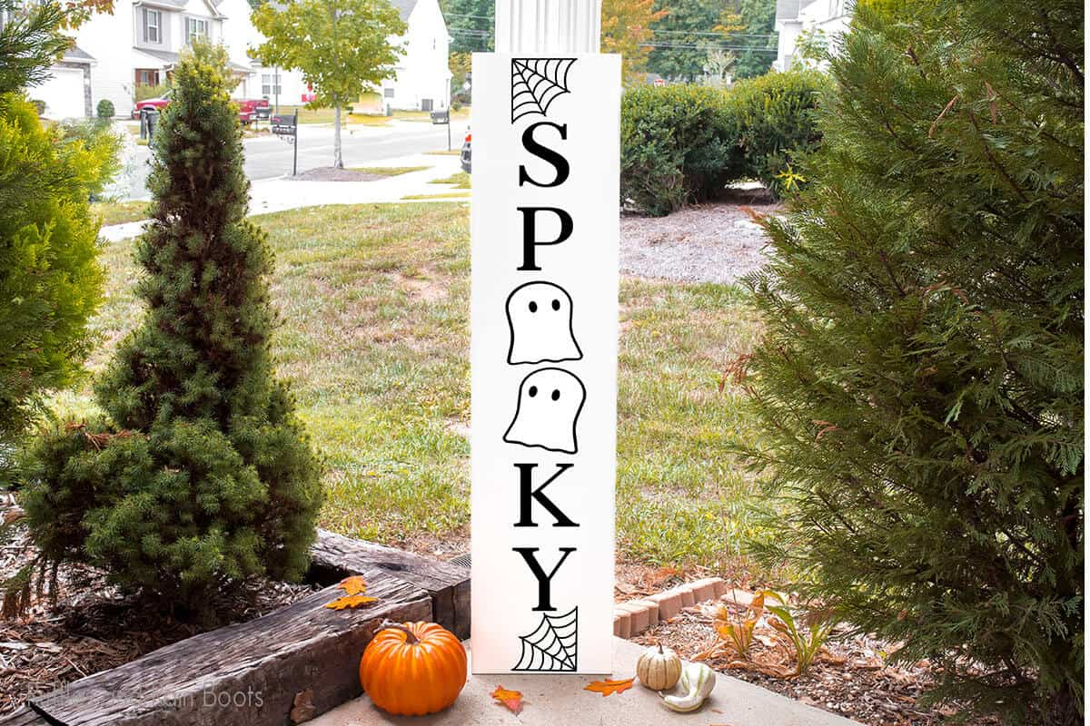 Spooky Ghost Vertical Sign for halloween