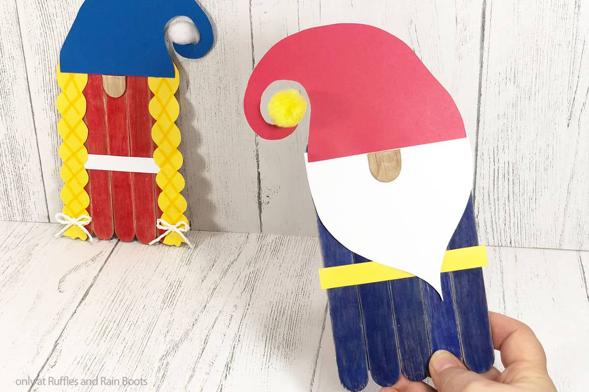 free pattern for kid made gnome puppets from popsicle sticks