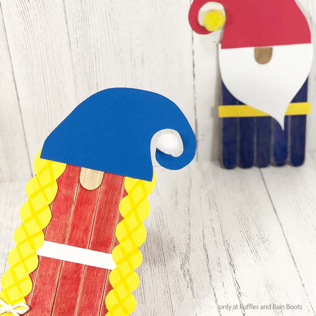 gnome puppets from popsicle sticks